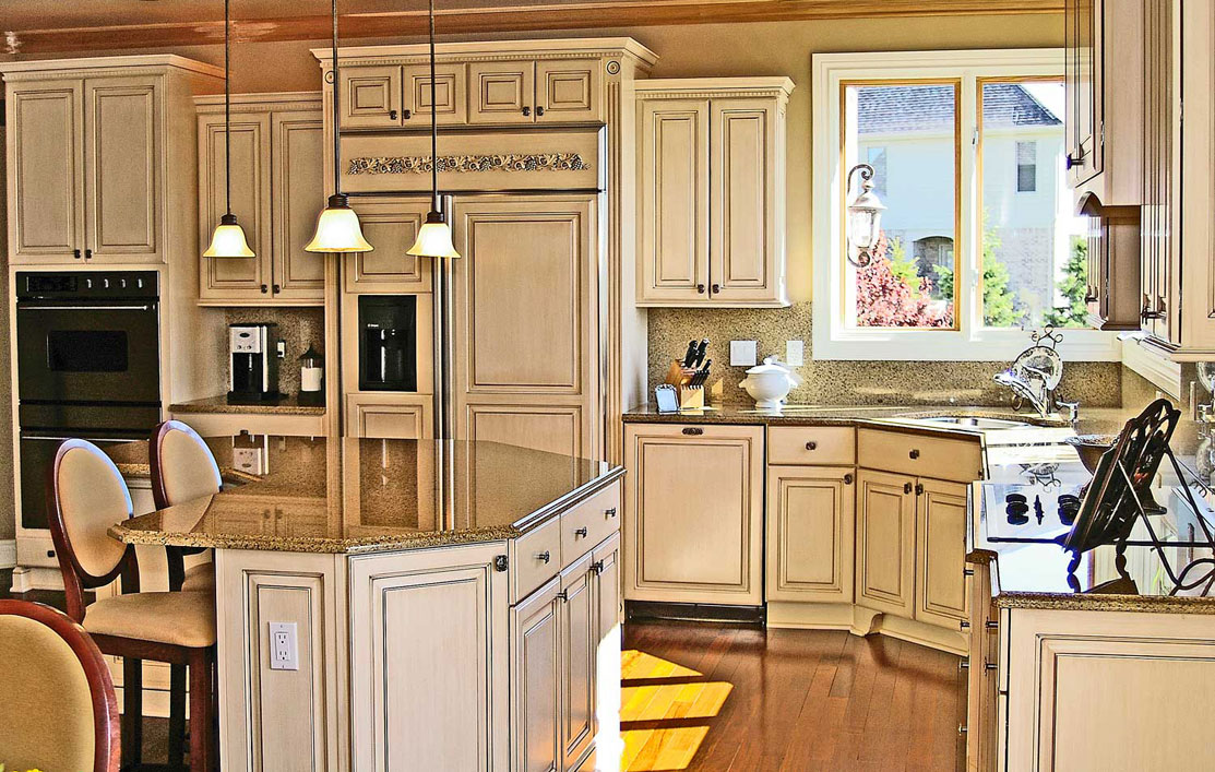 Kitchenmaster white cabinets for my kitchen for Are white kitchen cabinets still in style
